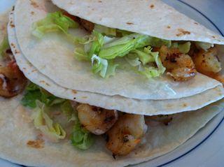 Grill shrimp tacos